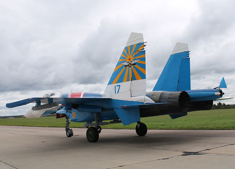 "SU 27P  "" 17 ""  Russian Knights / Russian Air Force -3"