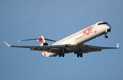 CRJ1000 F-HMLL-1