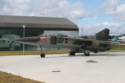 "MiG 23UB "" 15 ""  Russian Air Force -2"