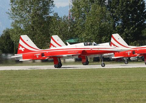 F5 J-3082-1