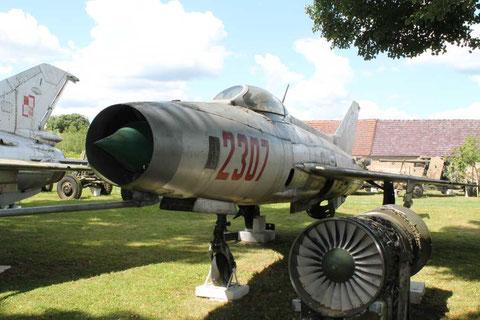 MiG21F13 2307-2