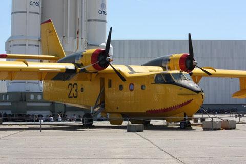 CL-215 F-ZBAY-1