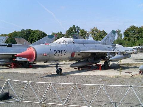 MiG21MA 2703-2