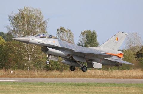 F16 FA-124-1