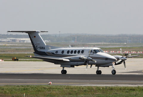 "B200 Super King Air "" D-IANA ""-1"