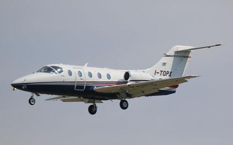Hawker400 I-TOPX-1