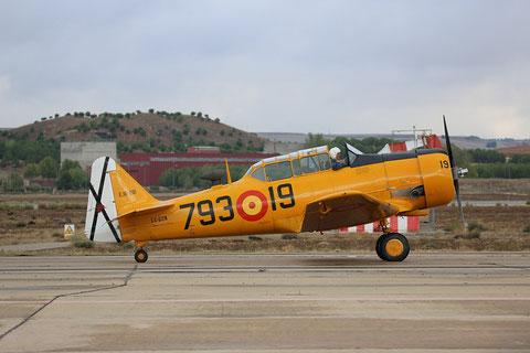 """T-6G Texan """" EC-DUN """"  Fundación Infante de Orleans -1"""