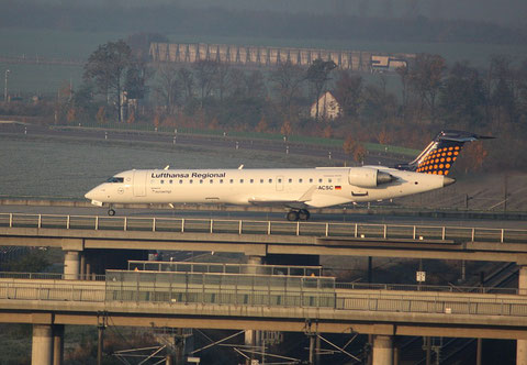 "CRJ-701 "" D-ACSC "" Eurowings -2"