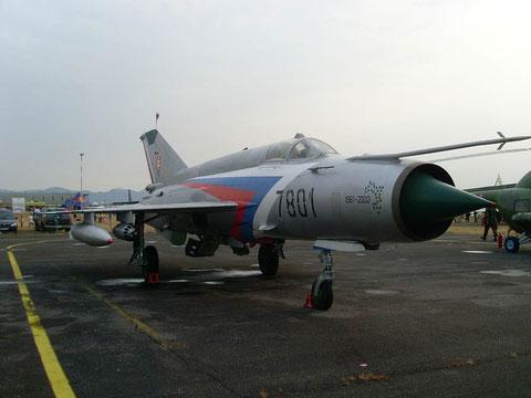 MiG21 8701-2