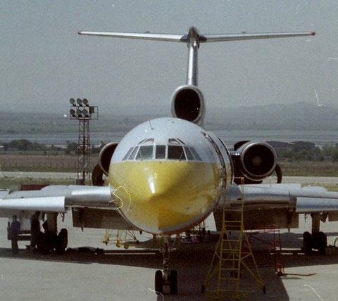 TU154M LZ-HMQ-2