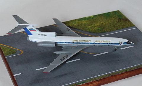 """TU 154M """" RA-85768 """"  Orenburg Airlines   Zvesda  1/144 -1"""