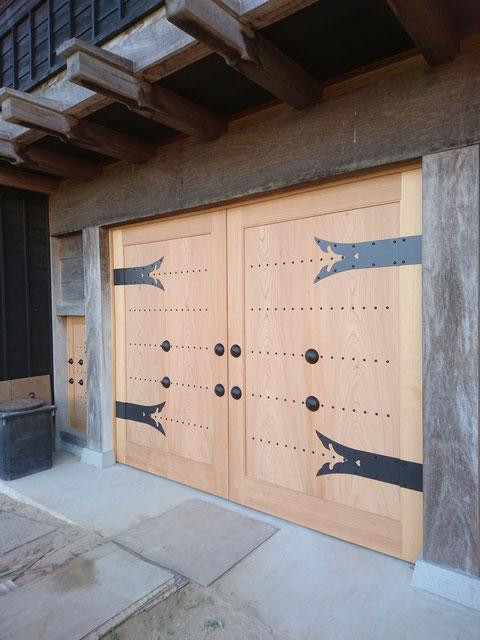 S様邸 門扉 ケヤキ 木製建具
