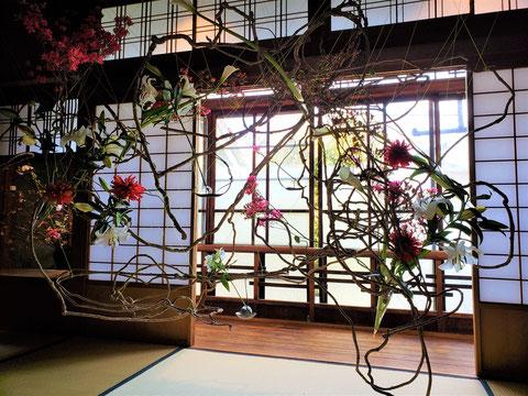 「古くて新しい、いけばな。宇田川理翁、展」 インカナザワハウス イベント