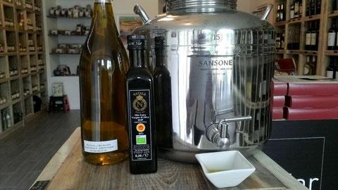 "Olio di Oliva extra - vergine ""Monte Etna"" DOP BIO"" Monocultivar Nocellara Etnea"" 100% Siciliano  récolte 2014-2015 prix du litre 19,50 CHF"