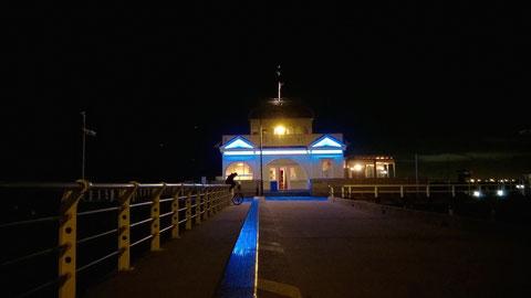 Weil's so schön ist zum Abschluss noch ein Bild vom St Kilda Pier