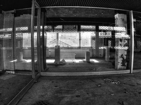 ehemals Anzug Center