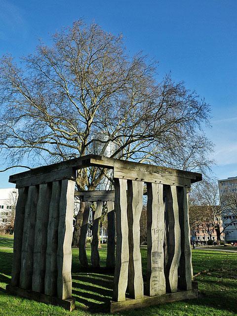 wood(stone-)henge