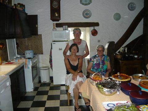 Chantal, notre Cef de Choeur, Marie Dominique et Josie