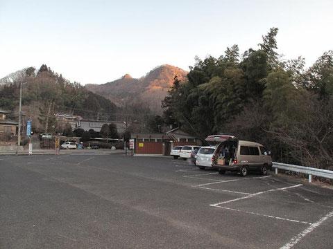 駐車場(無料・トイレ有り)