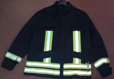 Die Feuerwehr-Einsatzjacke gehört zur Grundausstattung der Gutendorfer Einsatzabteilung.