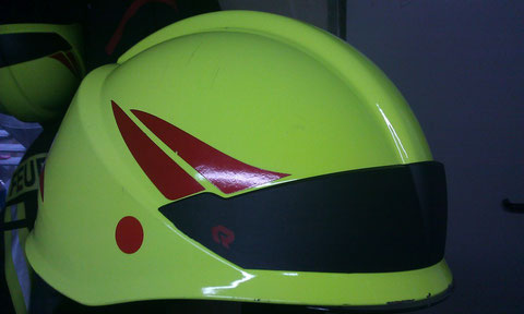 Die aktuellen Helme von ROSENBAUER der Kameraden.