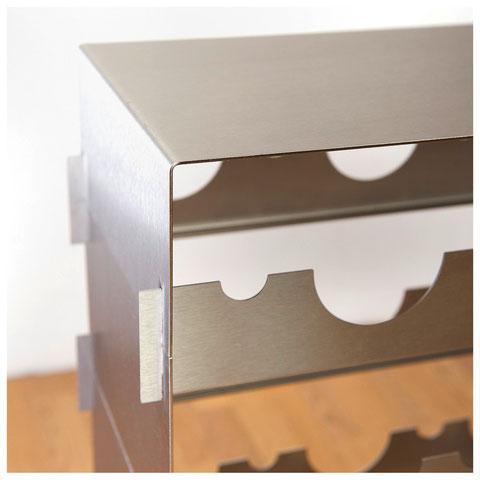 Design Weinregal – schlichtes Design, Stecksystem aus Edelstahl