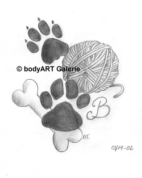 Auftragsarbeit No. 2 Saskia wollte etwas mit den Pfoten ihrer zwei Lieblinge. Durchforstet habe ich unzählige Internet-Tattoovorlagen mit einfachen Tatzen...      Doch ich wollte einfach mal was Anderes. ;) 25.03.2014 © bodyART Galerie