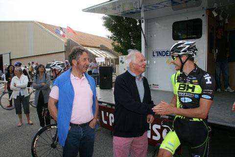 Jean Paul Ollivier et le Champion du Monde junior de VTT Victor Koretzky
