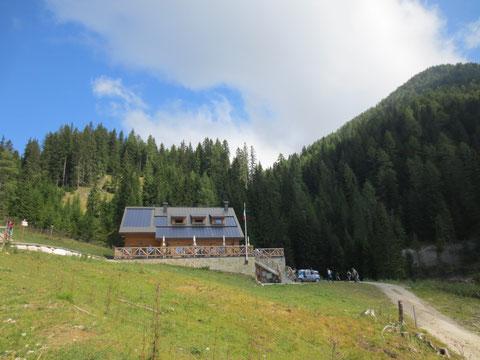 Das am 13. Juli 2013 neu eröffnete Rifugio F.lli Nordio e Riccardo Deffar