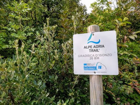 Die 33. Etappe des Alpe-Adria-Trails führt von Gradisca d'Isonzo nach Duino