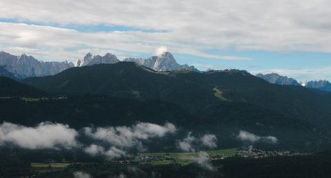 Der Mangart von der Villacher Alpenstrasse aus gesehen