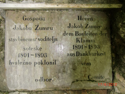 Gedenktafel zur Erinnerung an den Bauleiter der Rotweinklamm 1891 - 1893