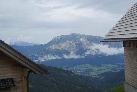 Herrliche Aussicht auf den Dobratsch (Villacher Alpe)