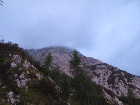 Unser heutiges Ziel wird sichtbar, der Monte Zermula, südlich des Karnischen Hauptkammes