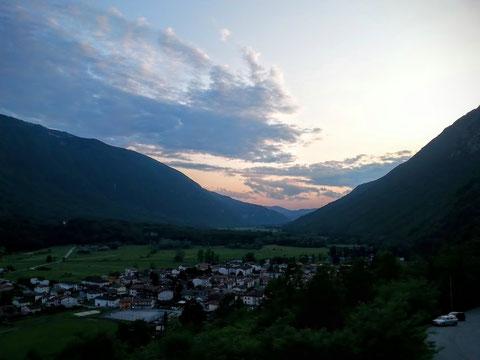 Sonnenuntergang über Kobarid - Karfeit - Caporetto