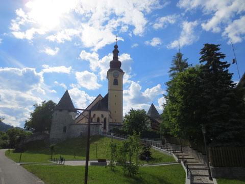 Die Kirche in Obertarvis