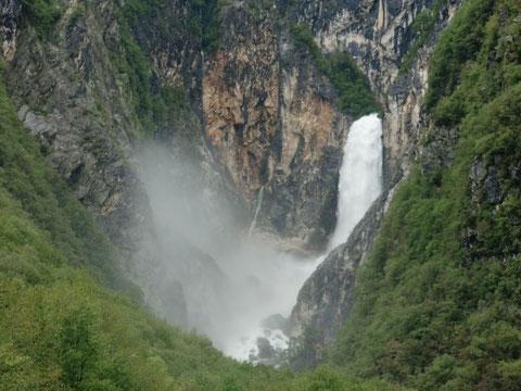 Boka Wasserfall, Slap