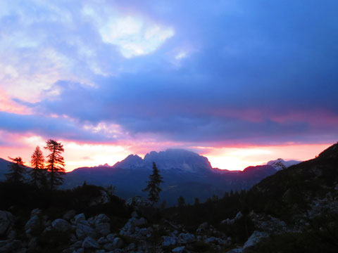 Sonnenaufgang hinter dem Trogkofel