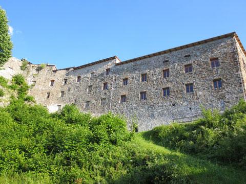 Die wunderbar restaurierte Klosterruine Arnoldstein