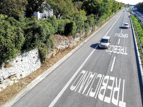 Nach Trebiciano geht´s über die Autobahn die hinunter nach Triest bzw. weiter nach Istrien führt