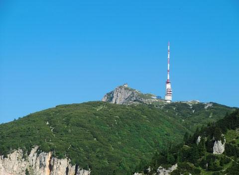Dobratsch Gipfel, Villacher Alpe mit Kirche und Sender, Wanderwege