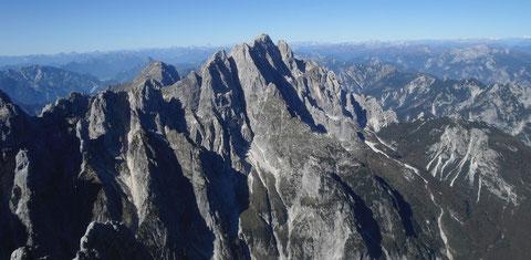 Der Montasch vom benachbarten Wischberg aus gesehen