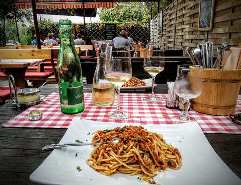 Nicht nur an der Architektur, auch kulinarisch erkennt man, dass Istrien lange Zeit zu Italien gehört hat