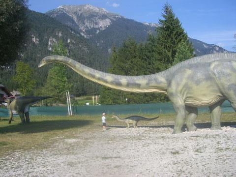 Brontosaurus, Die Welt der Dinosaurier