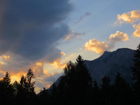 Sonnenuntergang hinterm Dobratsch