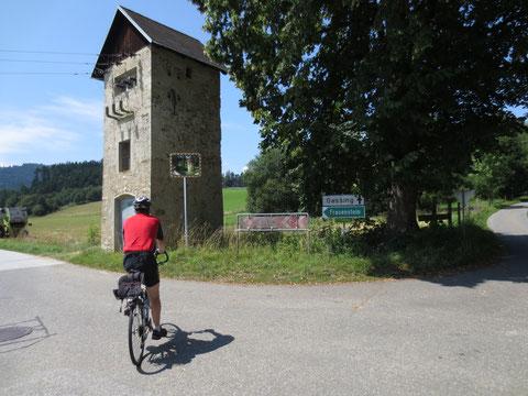 Auf der Fahrt hinauf zu Schloss Frauenstein