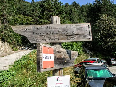Val Alba, Moggio, Wegweiser, Wandern