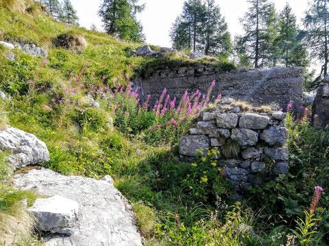 Ruinen der italienischen Front aus dem 1. Weltkrieg