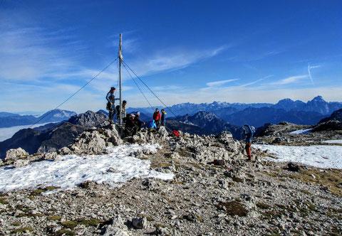 Karnische Alpen, Gipfelkeuz