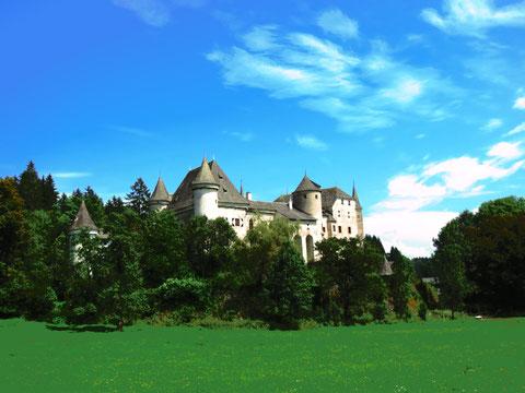 Das Schloss Frauenstein zählt zu den besterhaltenen spätgotischen Schlössern Kärntens